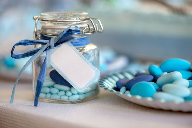10 Elegant And Simple Wedding Party Favor Ideas