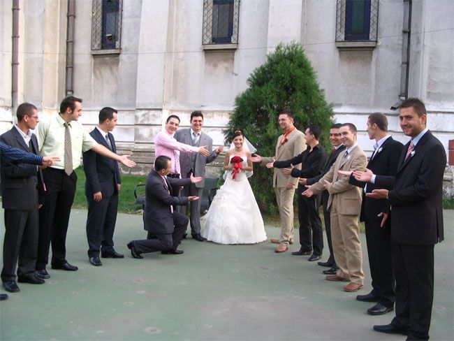 What You Should Know About A Wedding Receiving Line